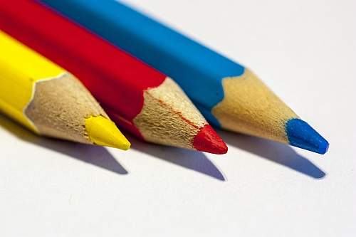Comparing Colored Pencil Drawing Methods - Primary Colors